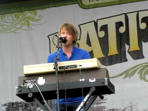 Thom Yorke solo - Latitude 2009 - Harrowdown Hill
