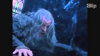Sặc cười  với bản nhạc chế Lord Of The Rings