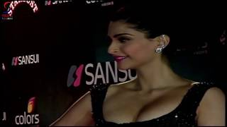 Download Sonam Kapoor Appealing and S**Y Body  - Never Seen Before Videos 3Gp Mp4