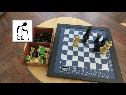 CSGOG Saitek Kasparov Elite Chess Computer