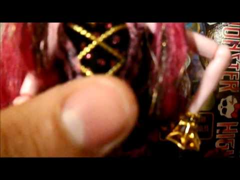 Review Monster High Doll Draculaura 13 Wishes Haunt The Casbah