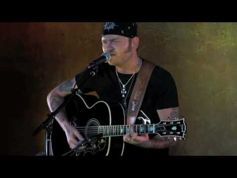 Stoney Larue - Love You For Loving Me