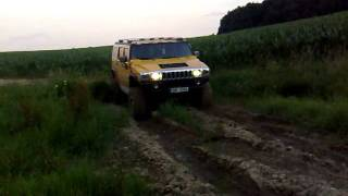 Hummer H2 offroad in mud