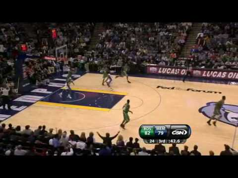 Rajon Rondo Blocks Sam Young