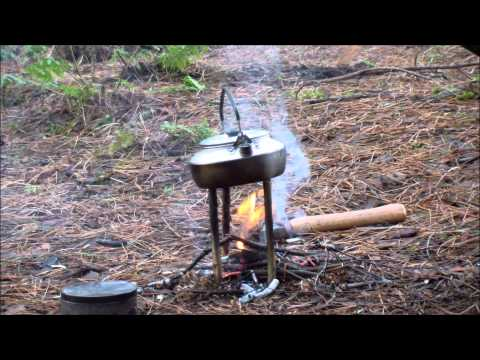 Bushcraft Skills | Winter Warmers: Making a small fire for a brew
