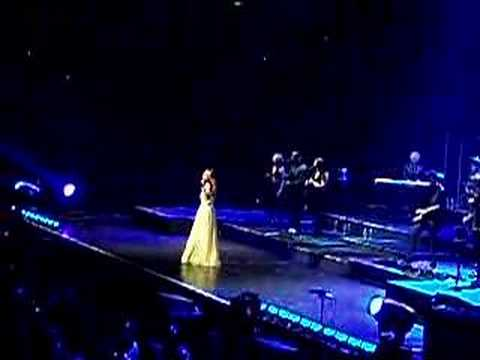Celine Dion performing My Heart Will Go On in Sydney 5408