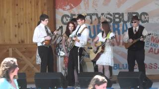 Wheeling H.S. Bluegrass Band - Bury Me Beneath the Willow