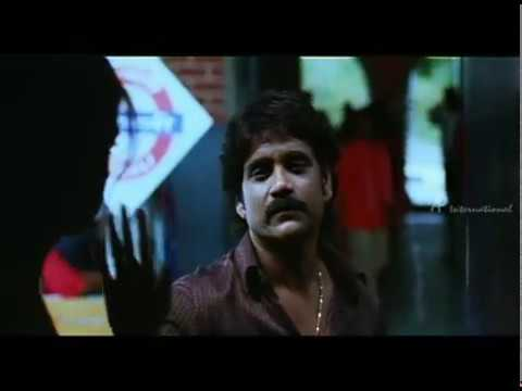 Singa Vettai - Mamtha's Flashback Scene video