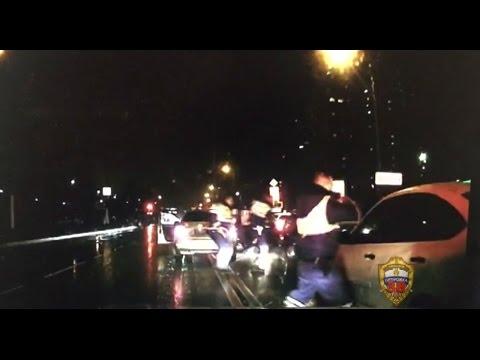 Сотрудники полиции применили табельное оружие для задержания правонарушителей