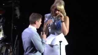 Michael Buble Video - Proposal at Michael Bublé's concert - Ahoy Rotterdam, 15 November 2014, To Be Loved Tour