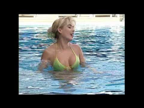 Bienvenidos: Con o sin Bikini? (HD)
