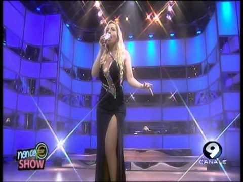 """Lisa Fusco canta """"Anche un uomo"""" di Mina – 12/06/13"""