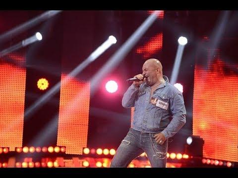 ACDC - She's Got The Jack. Vezi aici cum cântă Florian Negrilă, la X Factor!