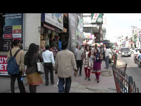 India,Bangalore,Brigade road, 2011y,12m,08d(Thursday),13h57