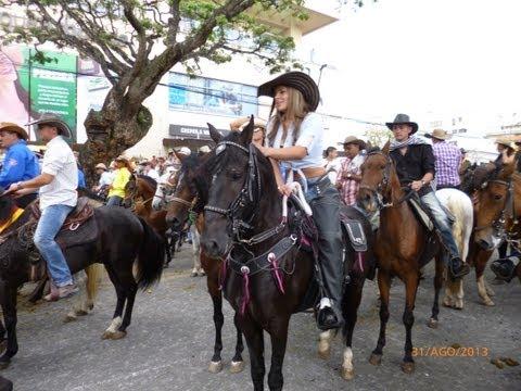 Cabalgata Pereira 2013 150 Años