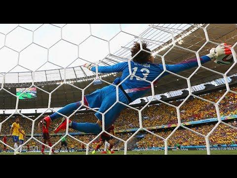 Espectaculares Atajadas De Memo Ochoa Brasil VS México Copa Del Mundo 17/06/2014