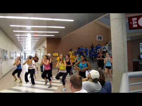 Response To Shakira - Waka Waka - Zumba, Asu Src, Zumbatomic! video