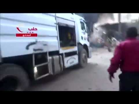 Chaotic scenes in Aleppo after Syrian government air strike - video