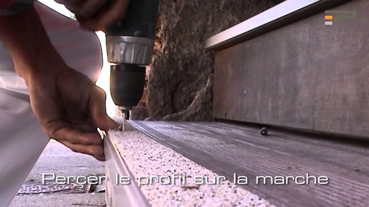 Comment Poser Un Nez De Marche Duune Barre De Seuil Offre  ~ Nez De Marche Antidérapant Escalier Bois