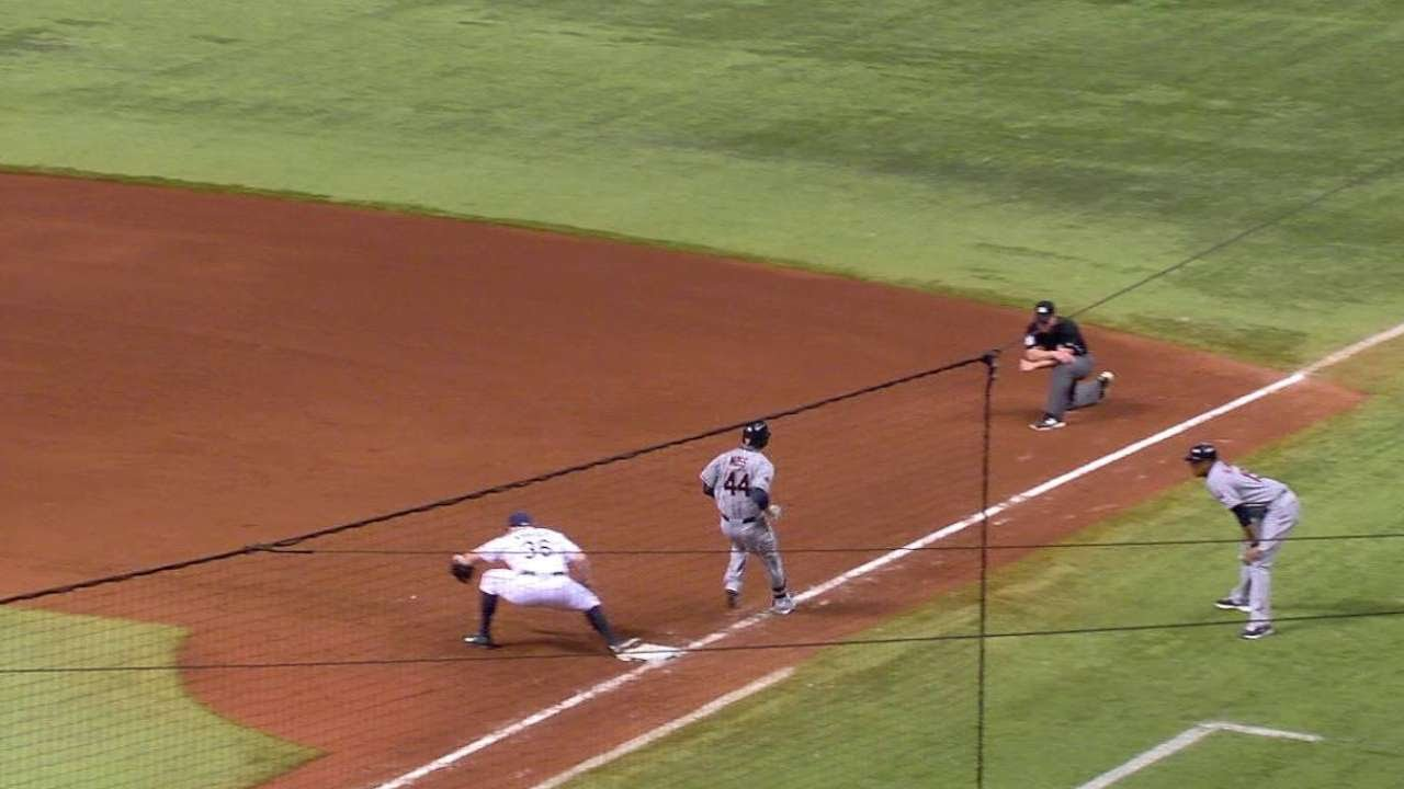 CLE@TB: Moss plates Brantley on a fielder's choice