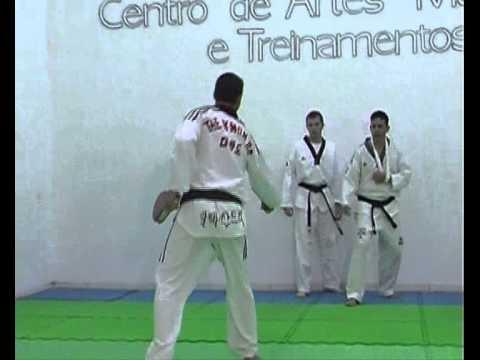 Taekwondo - Aprendendo Na Prática video