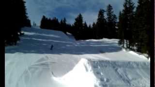 Bjorn skiing the final days of his Atomic SX11's - January 2013