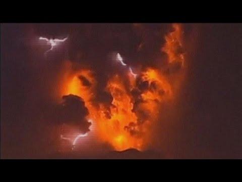 بركان كالبوكو في التشيلي يثور مجددا   24-4-2015