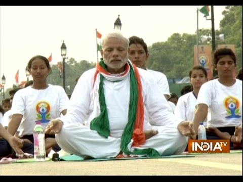 PM Narendra Modi performs Yoga at Rajpath on International Yoga Day