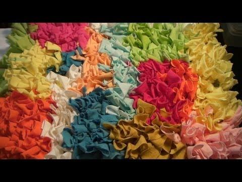 Foto trabalho meu) n0e3o hesite em adquirir meus tapetes trabalhados com tiras de retalhos de malha