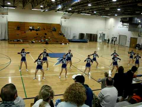 8th Grade Cheerleaders
