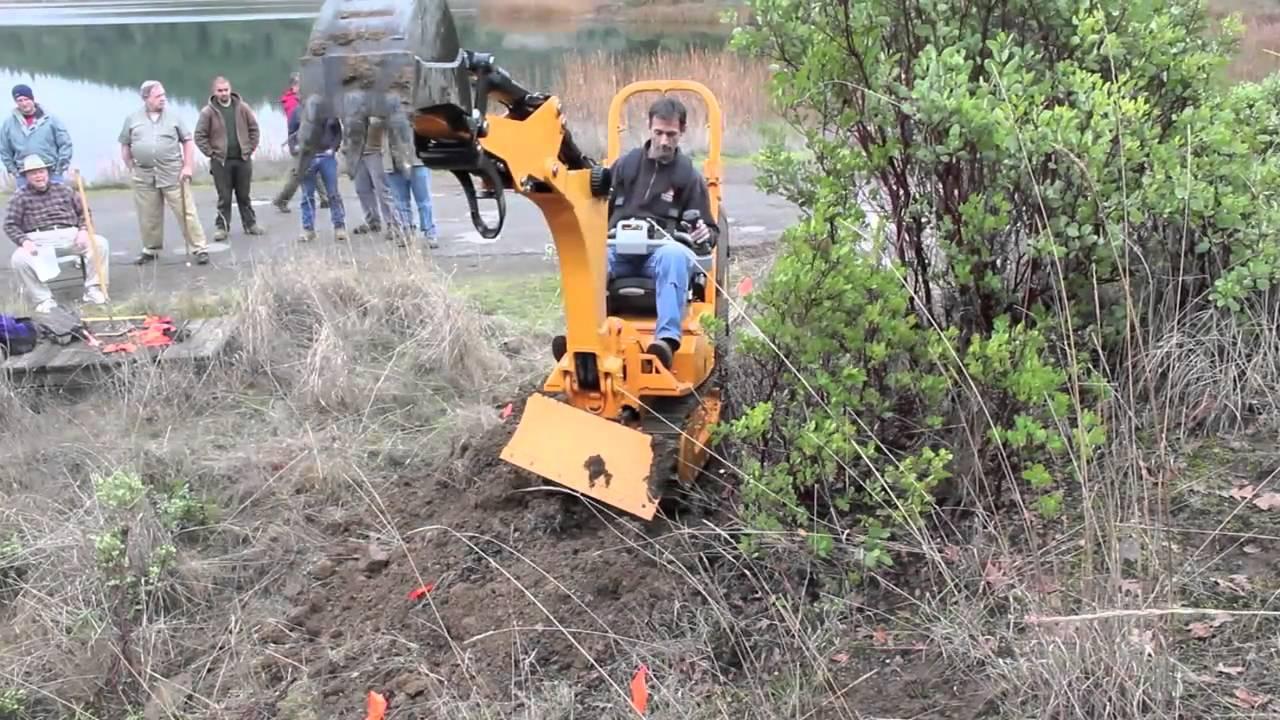 trail building machine