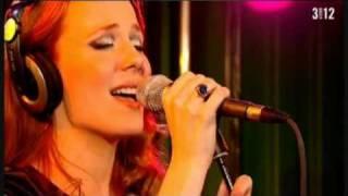 download lagu Tides Of Time Acoustic At Pinkpop 2010 gratis
