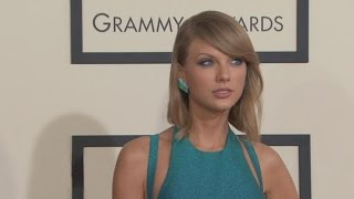 LL Cool J Says Taylor Swift Will 'Slay' in GRAMMYs Opening Performance