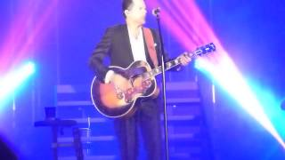 "Gary Allan, ""Life Ain't Always Beautiful"" & ""The One"", Red Wing, MN 1/31/2014"