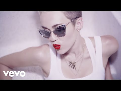 Miley Cyrus - We Cant Stop (Directors Cut)