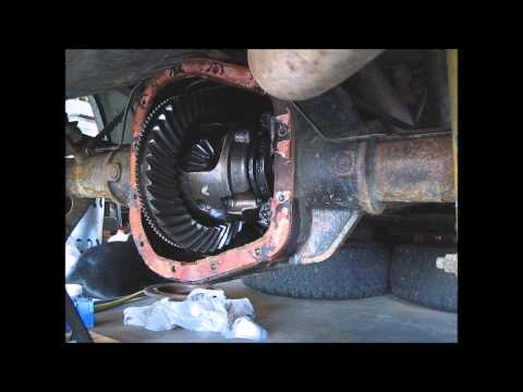 03 Ford F150 Rear Axle Seal/Bearing Replacement Part 6 - Axle Shaft Install