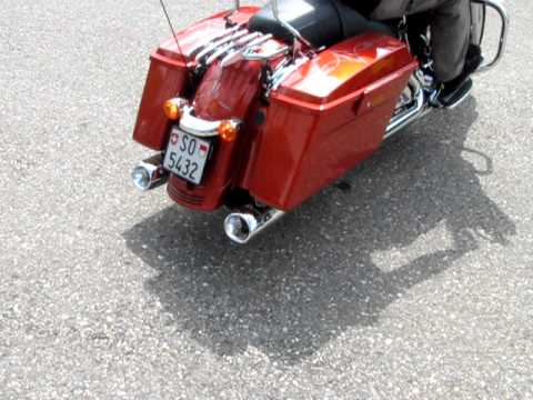 Akrapovic exhaust Harley-Davidson Touring