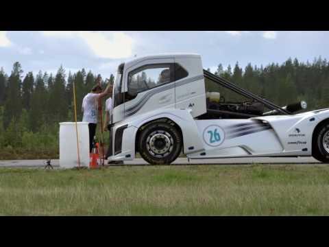 Рекорд скорости для грузовиков: Volvo Iron Knight
