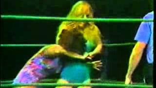 Velvet McIntyre vs Sherri Martel