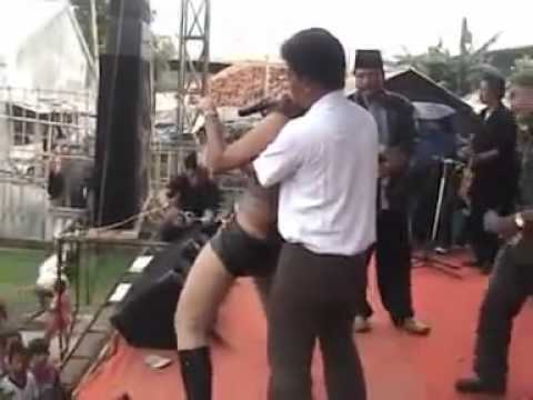 Sahara Dangdut Bugil.avi-[by Www.salonnet.info].mp4 video
