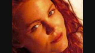 Watch Belinda Carlisle A Prayer For Everyone video