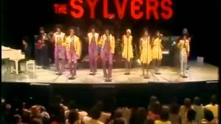 Watch Sylvers Boogie Fever video