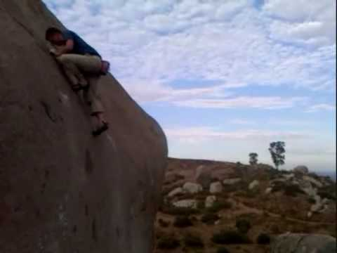 Santee Boulders, California - Shockley's Lunge, 5.11