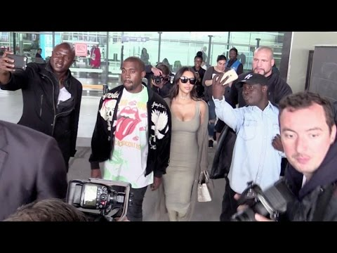 EXCLUSIVE - Kim Kardashian and Kanye West arriving at the airport in Paris
