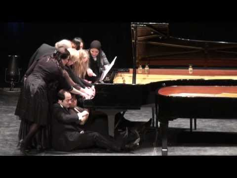 12 Pianists at 1 Piano: Albert Lavignac / Sischka Galop-Marche à 12