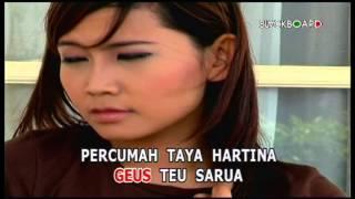 download lagu Percumah - Nia Daniaty gratis