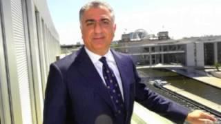 دویچه وله: گفتگوی شهرام اسلامی با شاهزاده رضا پهلوی درباره اتحاد اپوزیسیون ایران و مناقشه اتمی