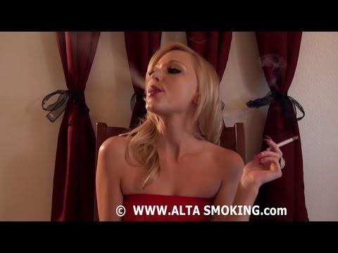 women smoking cigarettes fetish № 48965
