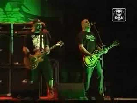 Hatebreed - Never Let It Die (Live @ Collegno 2007)