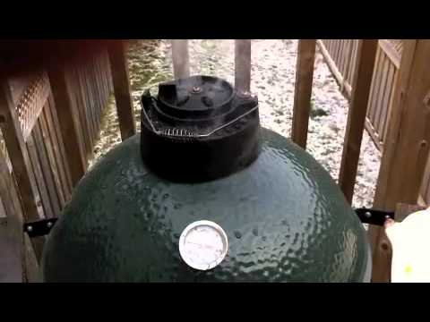 Big Green Egg - Smoked Pork Baby Back Ribs & BBQ sauce